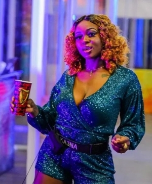 #BBNaija: Ka3na Tells Fans To Calm Down; Says Her Affair With Ozo Is Not Deep