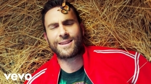 Maroon 5 - What Lovers Do ft. SZA (Video)