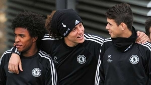 Oscar Claims Luiz & Willian Want Him At Arsenal