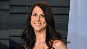 MacKenzie Scott, Ex-wife Of Jeff Bezos, Marries Seattle School Teacher