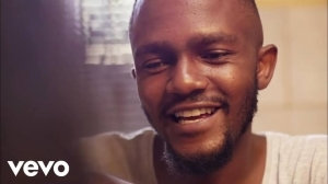 Kwesta – Ngiyaz'fela Ngawe ft. Thabsie (Video)