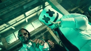 Marshmello x Eptic - HITTA ft. Juicy J (Video)