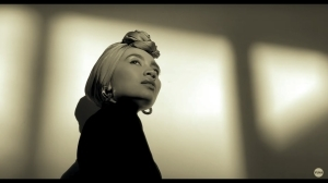 Yuna - Stay Where You Are (Video)