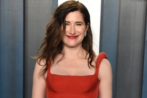 Kathryn Hahn Added to Rian Johnson's Knives Out Sequel