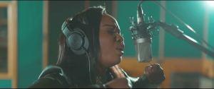 Jub Jub – Ngi Thembe Wena ft. Xolly Mncwango & iComplete (Video)
