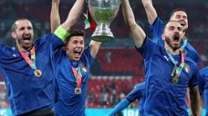 Roma defender Smalling tribute to Juventus pair Chiellini and Bonucci for Euro 2020 triumph