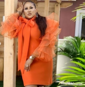 """""""Invest In Your Wives, When Things Goes Down, 97% Of Your Side Chicks Will Abandon You"""" - Actress Chita Agwu Johnson Tells Men"""