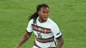Liverpool informed they can sign Lille midfielder Renato Sanches