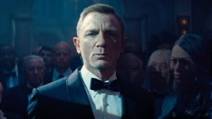Daniel Craig Gives Farewell Speech After Wrapping No Time to Die