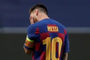 Barcelona Manager Defends Messi After Red Card Against Bilbao