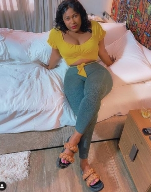 """""""Avoid People That Call You Up Only For Enjoyment Not Business"""" - Actress Uche Jombo"""