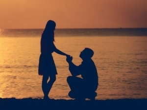 Top 21 Ways To Make Any Girl Fall In Love With You