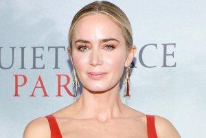 Emily Blunt in Talks to Join Christopher Nolan's Oppenheimer Biopic