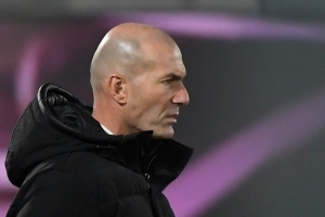 Big name manager is ready to take over at Real Madrid as Chelsea defeat leaves Zidane's future in the balance