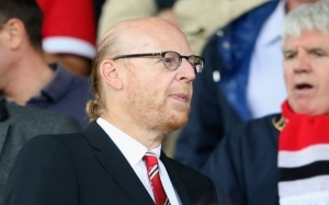 Man United owner Avram Glazer confronted by reporters, refuses to apologise for role in ESL plans