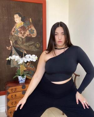 Age & Career Of Yumi Nu