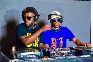 Ell Pee & Charity – Session Madness 0472 52nd (Birthday Mix)