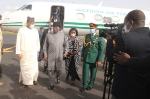 Goodluck Jonathan Lands In Mali On A Peace Mission (Photo)