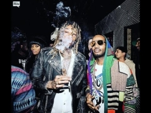Wiz Khalifa Ft. Juicy J - Smoke Alone