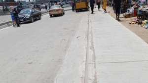 Non-availability of road signs worries motorists