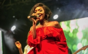 Singer Simi Reacts As NCC Moves To Block Sim Cards Not Registered On NIN