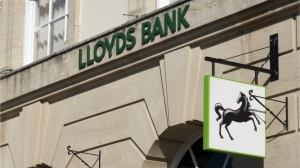 Multi-Billion Dollar Financial Services Firm Lloyds Looks to Hire a Digital Currency Expert – Finance Bitcoin News