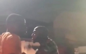 Davido Threatens To Buy The Entire Bloombar After He Was Denied Entry (Video)