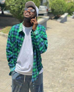 """Don't Trust Celebrities"" – Davido's Former PA, Aloma Warns Nigerians"