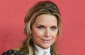 Biography & Career Of Michelle Pfeiffer