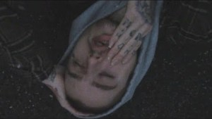 Lil Peep – M.O.S. [battery full] (Music Video)