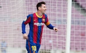 Premier League giants set to tempt Lionel Messi with €30M-a-year offer