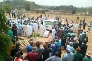 Kyari's funeral: Man removes protective coat in public (Videos)