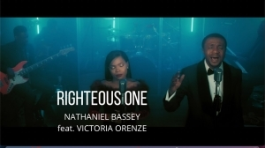 Nathaniel Bassey – Righteous One ft. Victoria Orenze (Video)