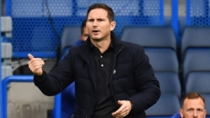 Crystal Palace turn to free agents Lampard, Howe