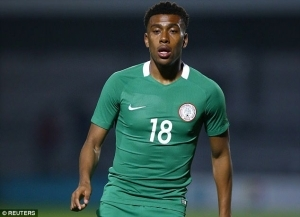 Super Eagles Star Alex Iwobi Pays Tribute To #EndSARS Movement With An Inscription On His Footwear