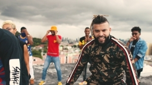 Jesse10s – Party ft A Mose (Video)