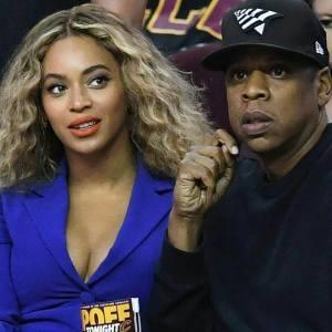 Jay-Z & Beyonce – Holy Grail Live