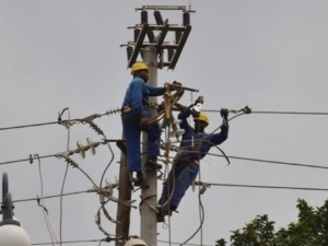 Electricity partners deploy mini grid power for rural community