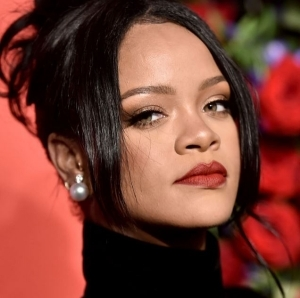 Rihanna Is Officially A Billionaire - Forbes