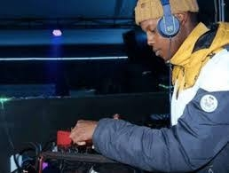 Thuske SA & DJ King Tara – Uber Tech (Transposer Mix)