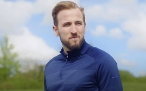 Carragher warns clubs about signing Harry Kane and why striker could end up staying at Tottenham against his wishes
