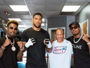 Anthony Joshua trains with Mike Tyson's former coach ahead of Oleksandr Usyk rematch