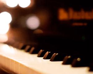 Dj Sonic – Set Me Free (Main Mix)