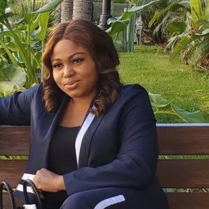 Biography & Net Worth Of Chichi Nworah