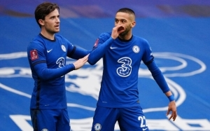 Chelsea ready to try swap deal to beat Manchester United to transfer of £52m-rated star