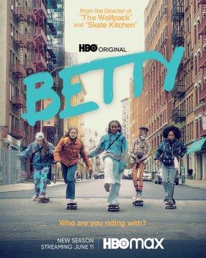 Betty S02E01