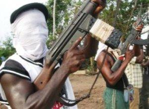 BREAKING! Gunmen Abduct Passengers In Commercial Bus In Osun
