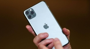 Apple to let iPhones use contact tracing without installing app