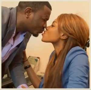 [DOWNLOAD VIDEO] LOL! Yvonne Nelson forces a Kiss on John Dumelo, Dumelo tries to reject cos of her mouth odour [mp4]
