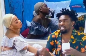 """BBNaija: """"Stop Caging Me, I Don't Like It, I'm Not In A Relationship With You"""" – Boma Slams Queen"""